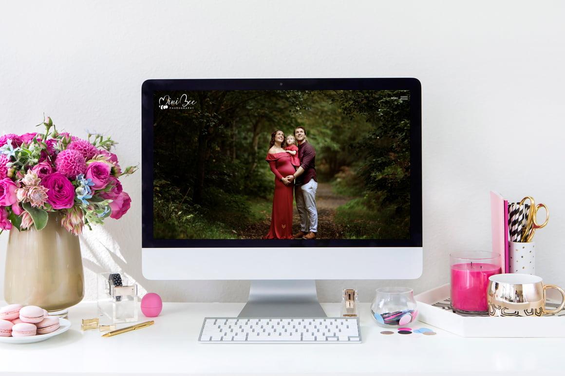 Mini Bee Photography website displayed on desktop computer